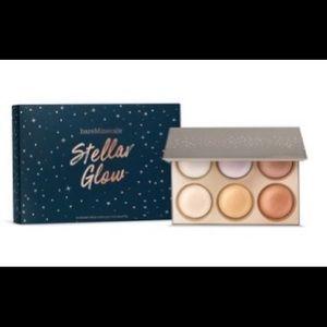 New Stellar Glow Highlighter Palette